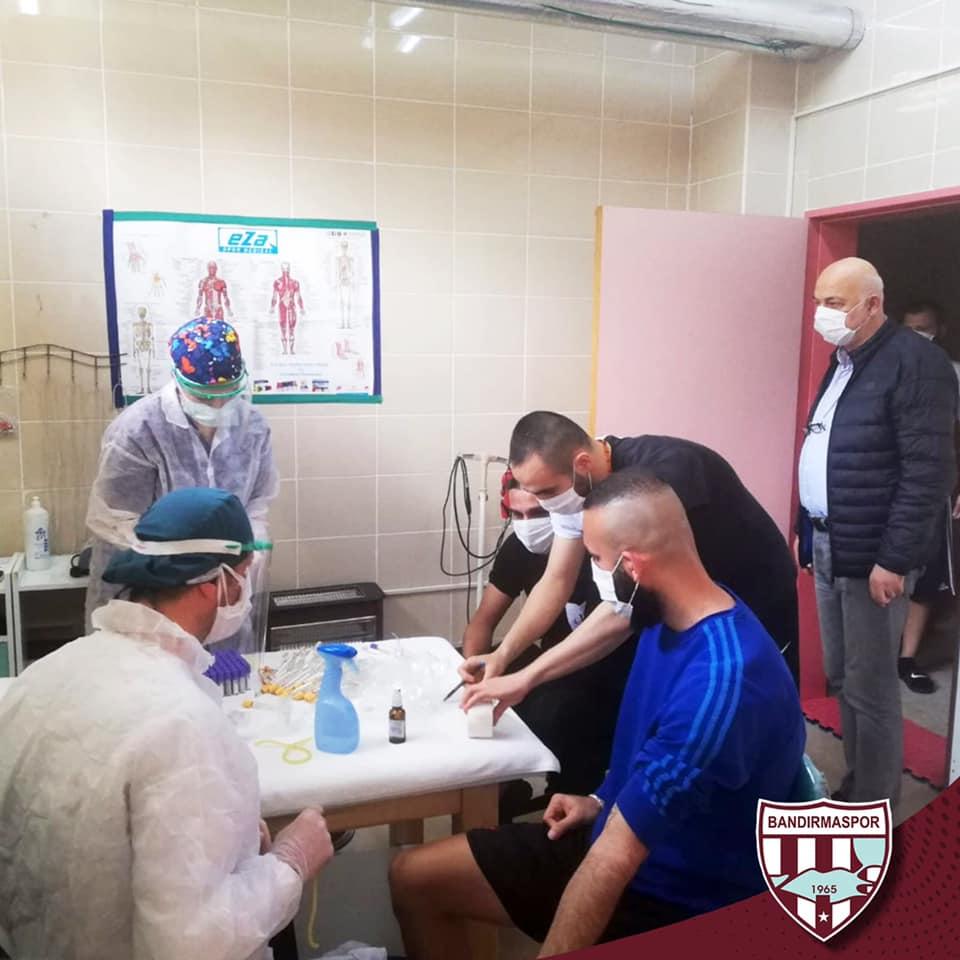 BANDIRMA SPORLU FUTBOLCULAR CORONA TESTİNE TABİ TUTULDULAR