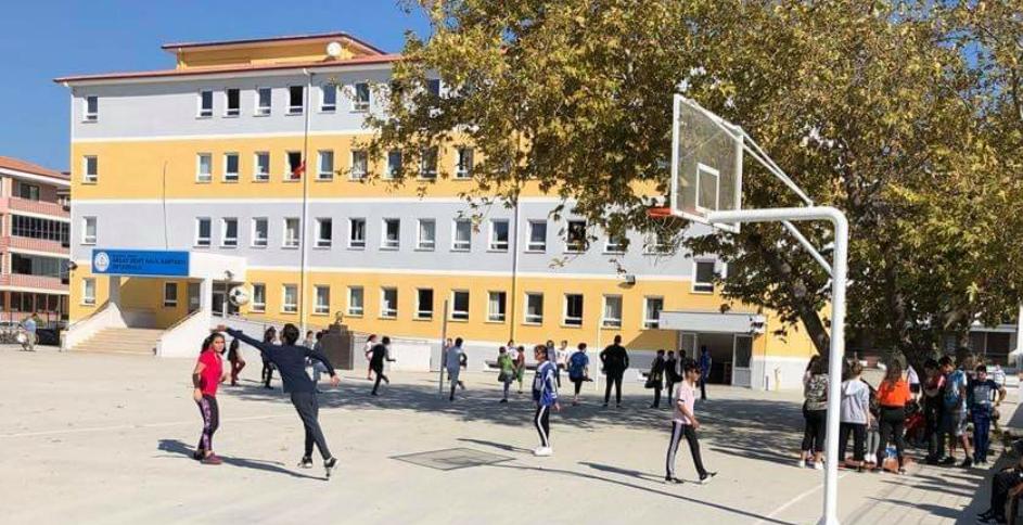 Akçay Şehit Halil Kantarcı Ortaokulu öğrencilerinden etkinlik