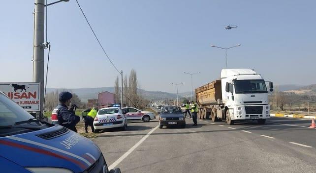 TRAFİK DENETİMLERİ HAVADAN, KARADAN NEFES ALDIRMIYOR
